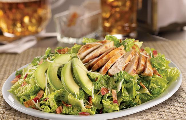 avocado-chicken-caesar-salad_thumb-m