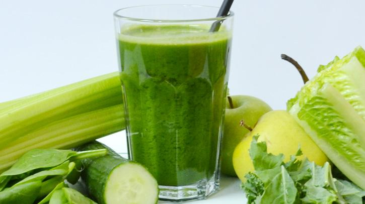 diy-juice-cleanse-at-home-recipe-1-glow-gette-L-ThG_z41